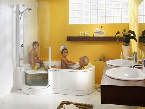 Altersgerechtes Bad - Duschbadewanne - Badewanne mit Tür ...